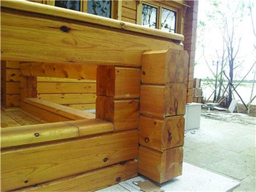 防裂封端油应用于木屋